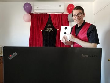 Virtual birthday party magic show review